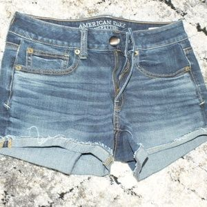 American Eagle Size 6 shorts